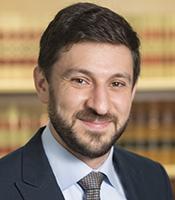 Ari Glogower headshot