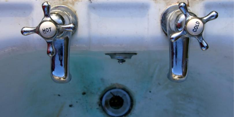 hot and cold tap