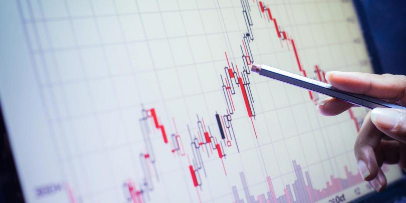 data analytics graph and pointer