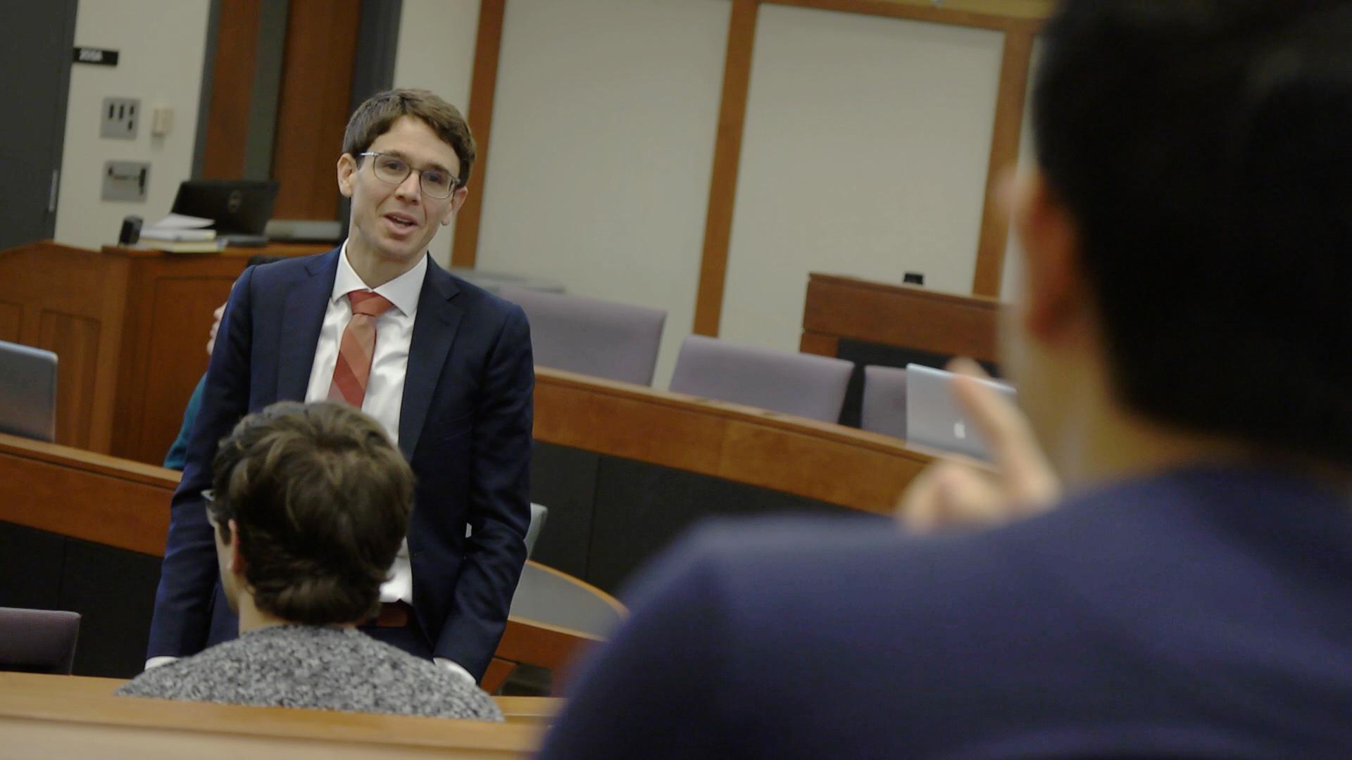 Tod Schneider (BSBA '04; MAcc '04) speaks to Fisher students as part of the Applied Fundamental Investing course